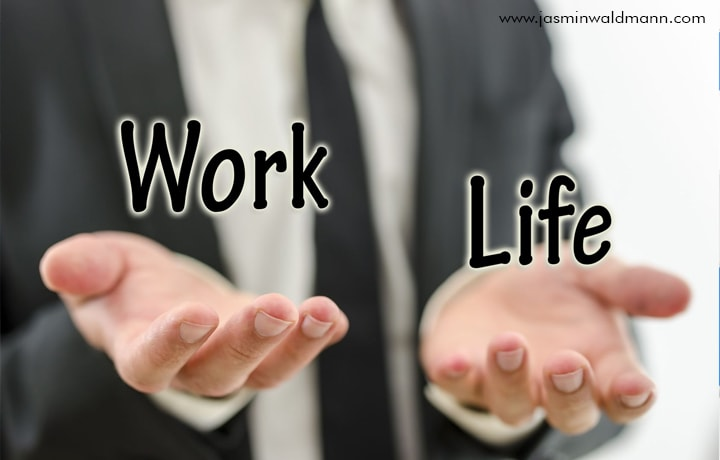 1539155787Balance-your-Work-and-Private-Life