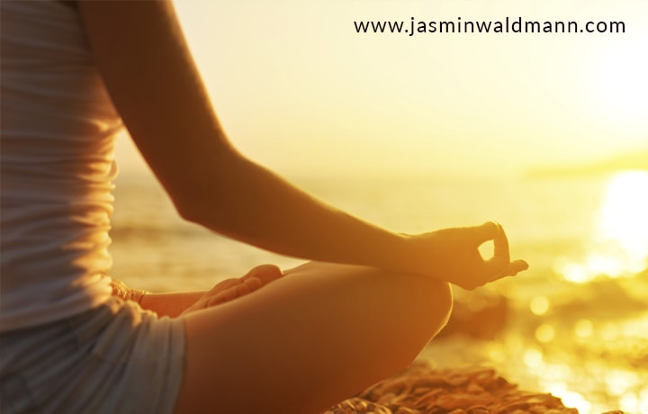 1539175229How-Meditation-Can-Help-You-Overcome