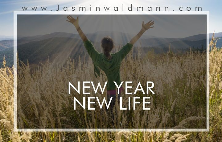 1539175813New-Year-Resolutions-Why-you-should-add-life-coaching-in-your-list